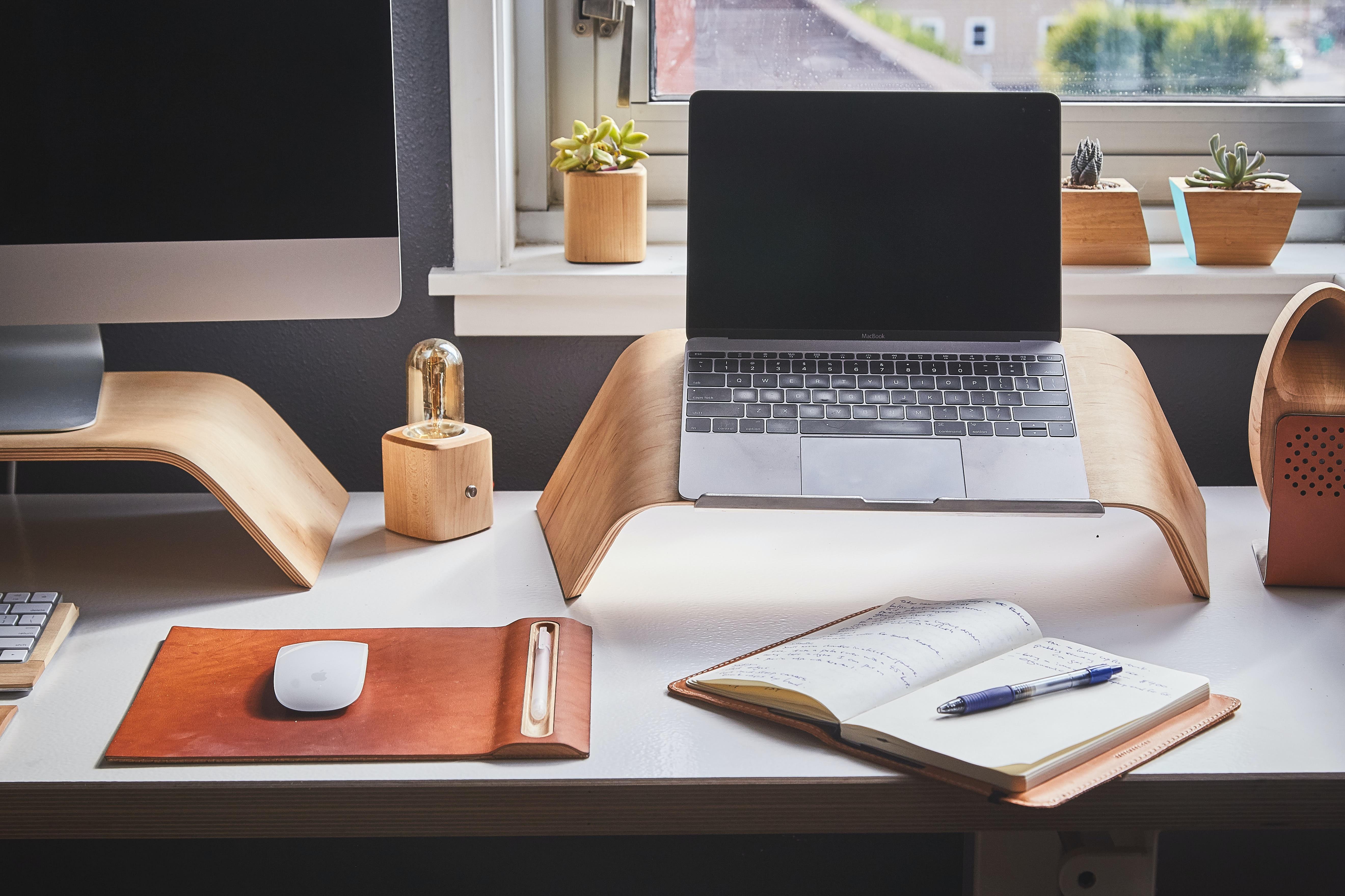 6 Tipps, wie Sie gut organisiert von zuhause aus Arbeiten